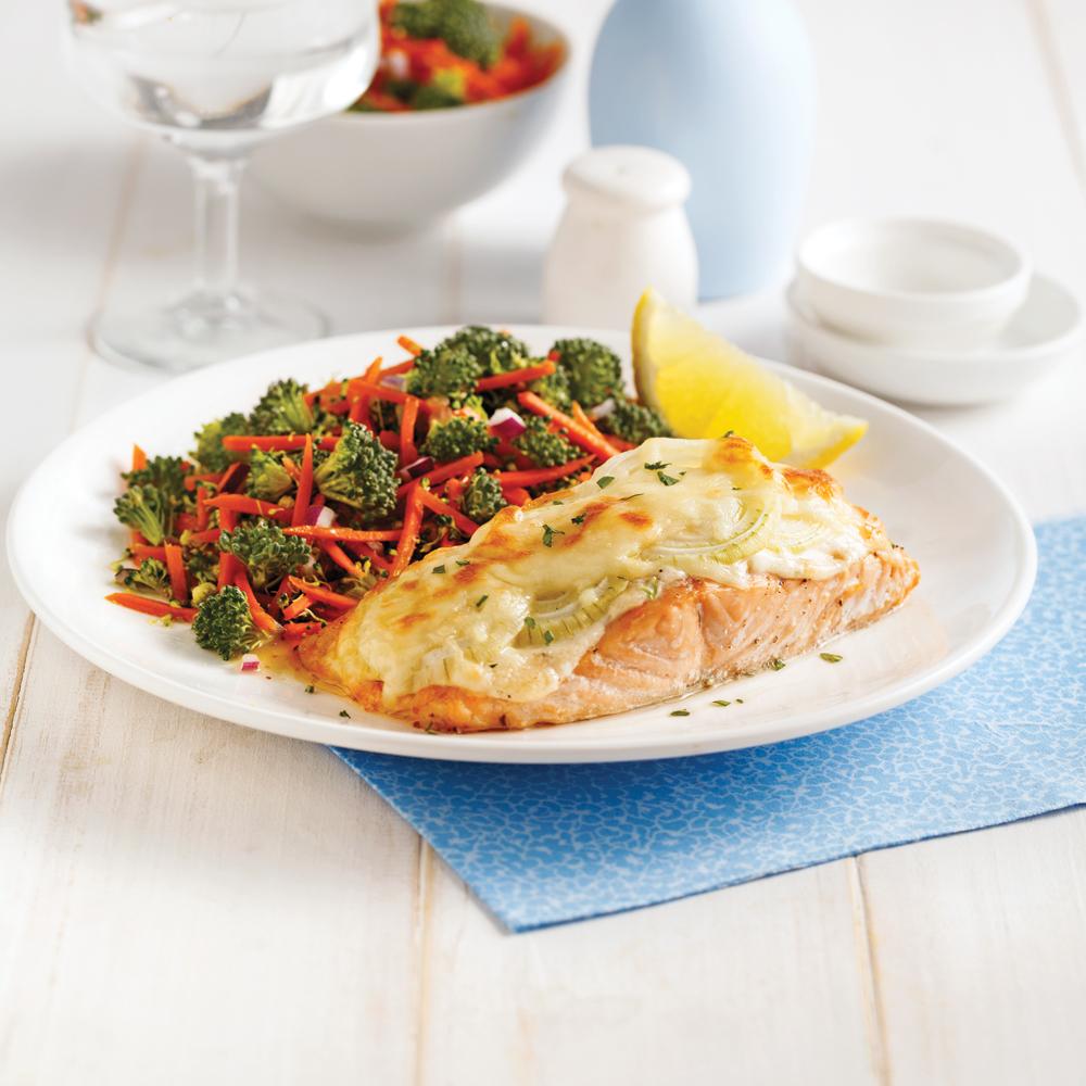Filet de saumon aux oignons gratiné