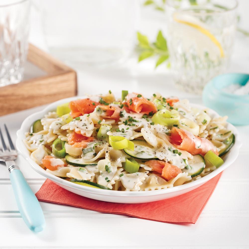 Salade de farfalles au saumon fumé et poireaux