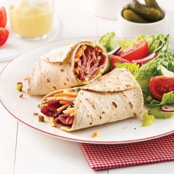 Wrap au smoked meat et julienne de légumes