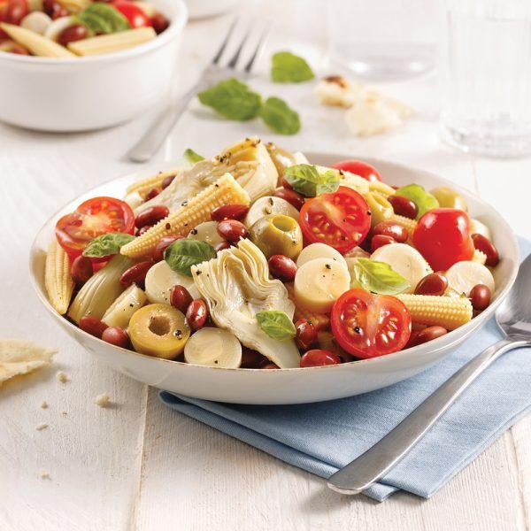 Salade de légumes marinés et haricots