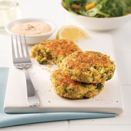 Cheesy Broccoli and Quinoa Cakes