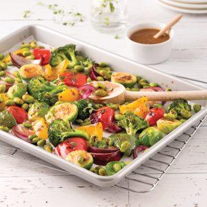 Plaque de légumes et edamames rôtis