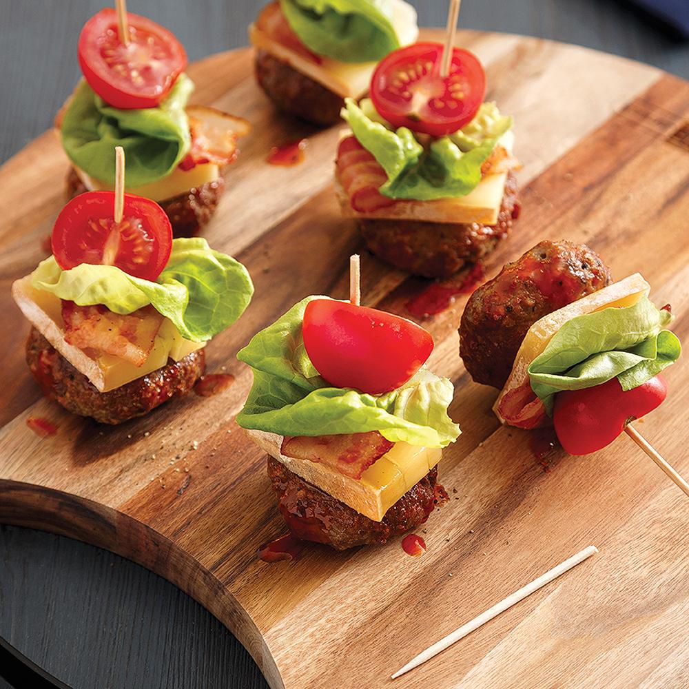 Brochettes de hamburgers au fromage Le Fêtard