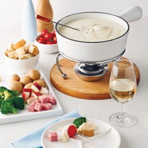 Fondue exquise au fromage et vin blanc