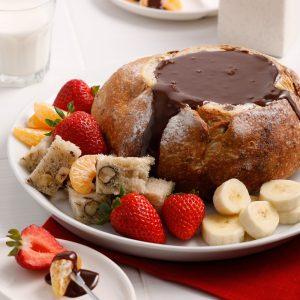 Fondue au chocolat dans un pain