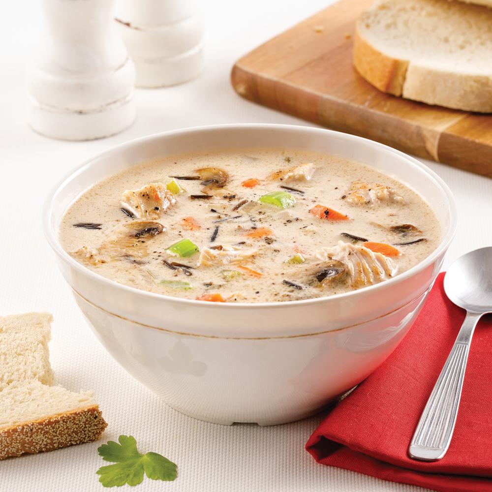 Soupe crémeuse à la dinde et au riz sauvage