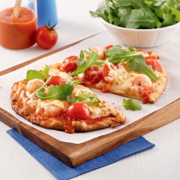 Pizzas aux crevettes sur pain naan