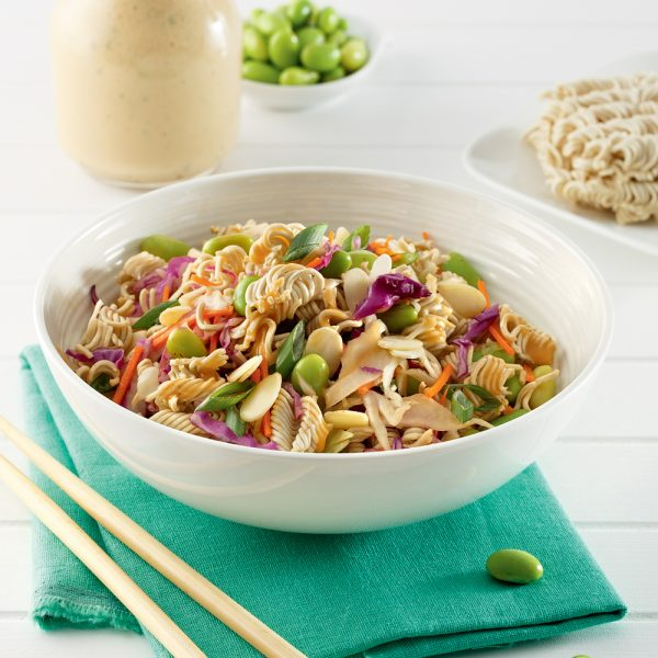 Salade de ramen aux edamames