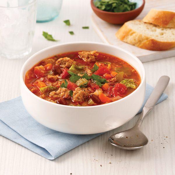 Soupe aux saucisses et légumes