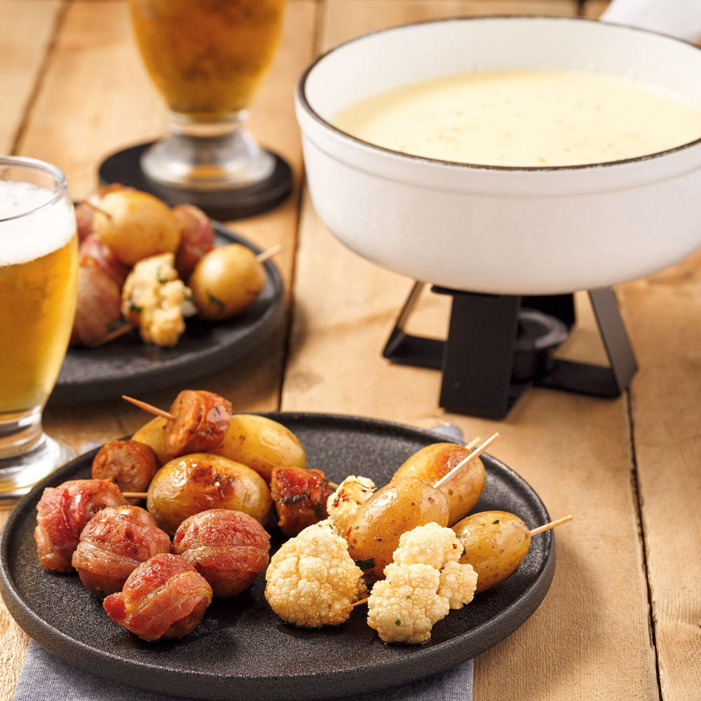 Fondue au fromage et trio de bouchées de pommes de terre grelots