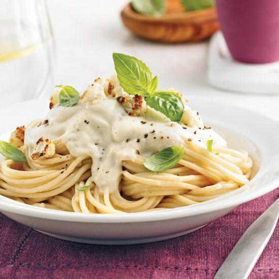 Spaghetti, sauce crémeuse au chou-fleur