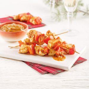 Brochettes de poulet et poivrons à la sauce satay
