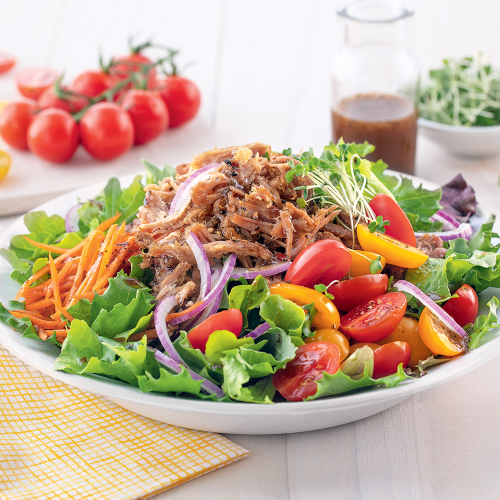 Salade du jardin au canard effiloché