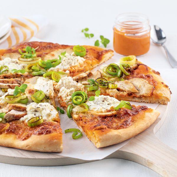 Pizza au poulet et pesto