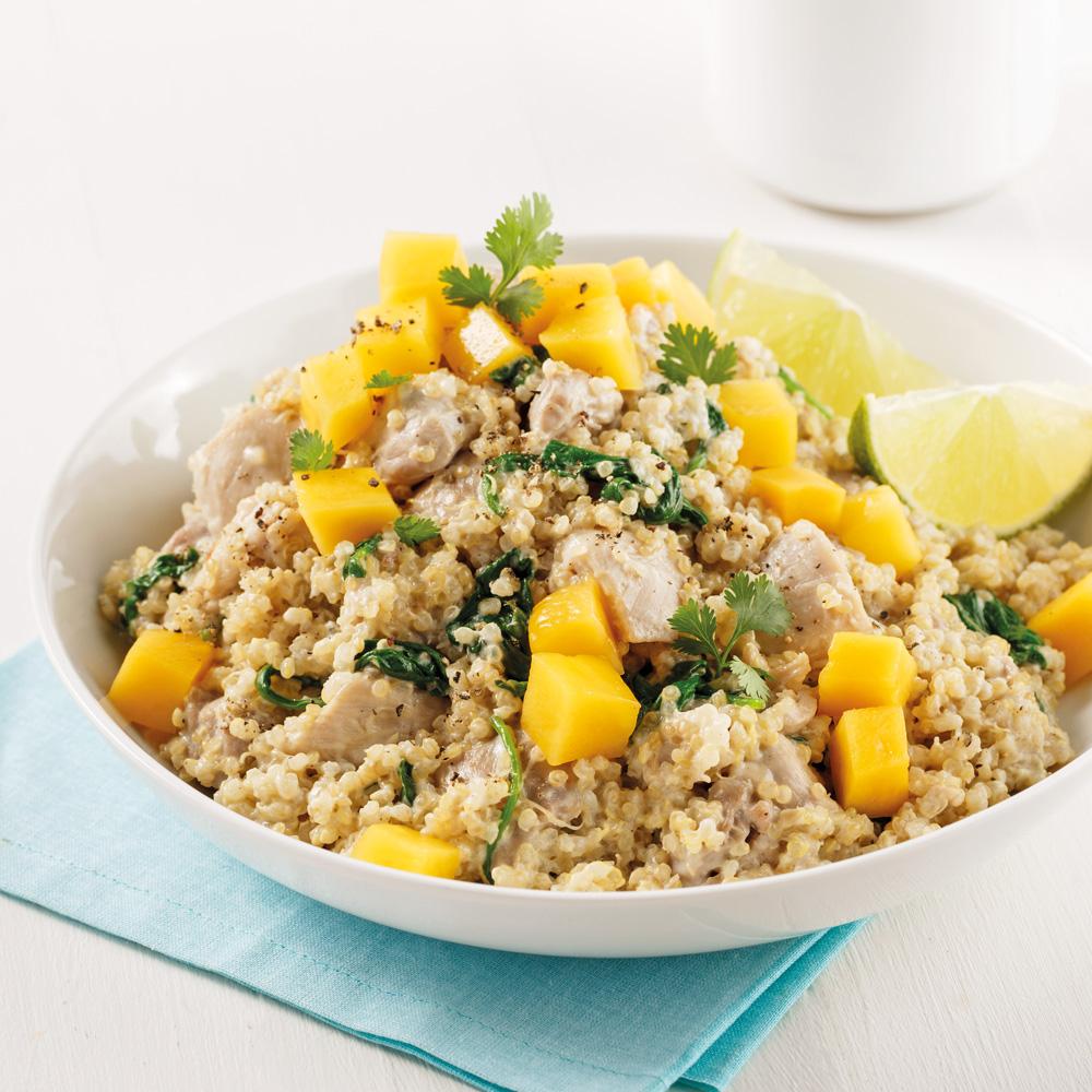 Quinoa au poulet, à la mangue et au lait de coco