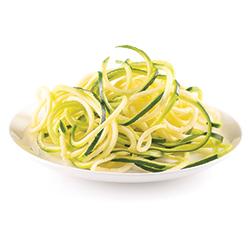 Nouilles de courgettes vertes