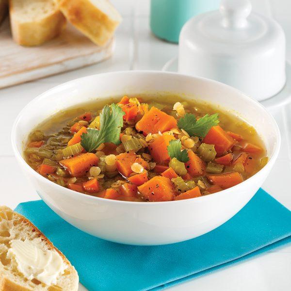 Soupe aux lentilles et patates douces à la mijoteuse