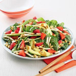 Salade estivale fraises et épinards