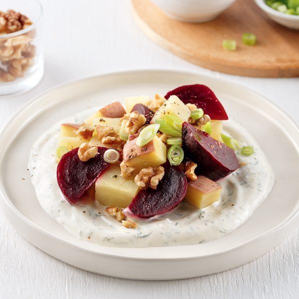 Salade tiède de pommes de terre et betteraves
