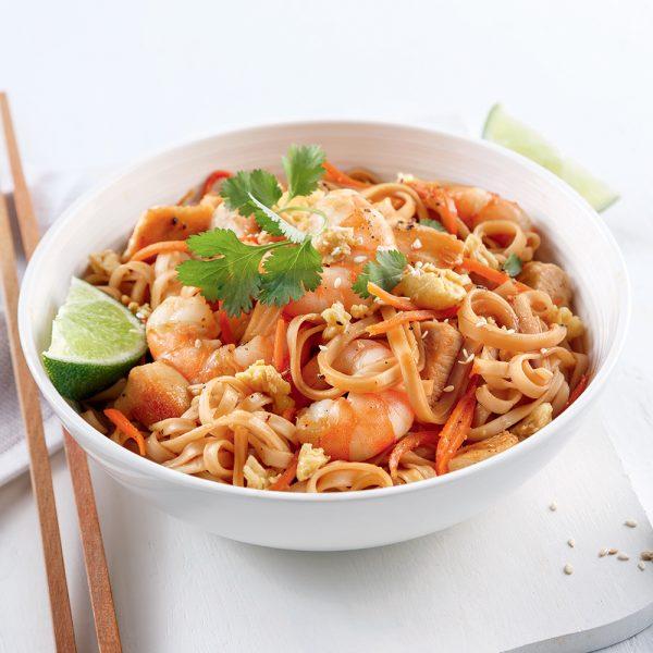 Pad thaï au poulet et crevettes