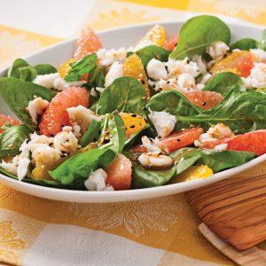 Salade de crabe aux agrumes, vinaigrette au piment d'Espelette