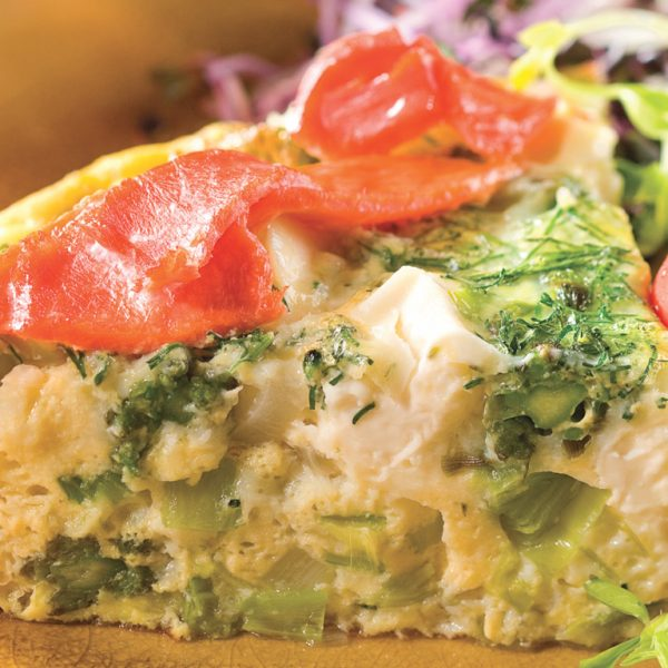 Frittata au saumon fumé, légumes et aneth
