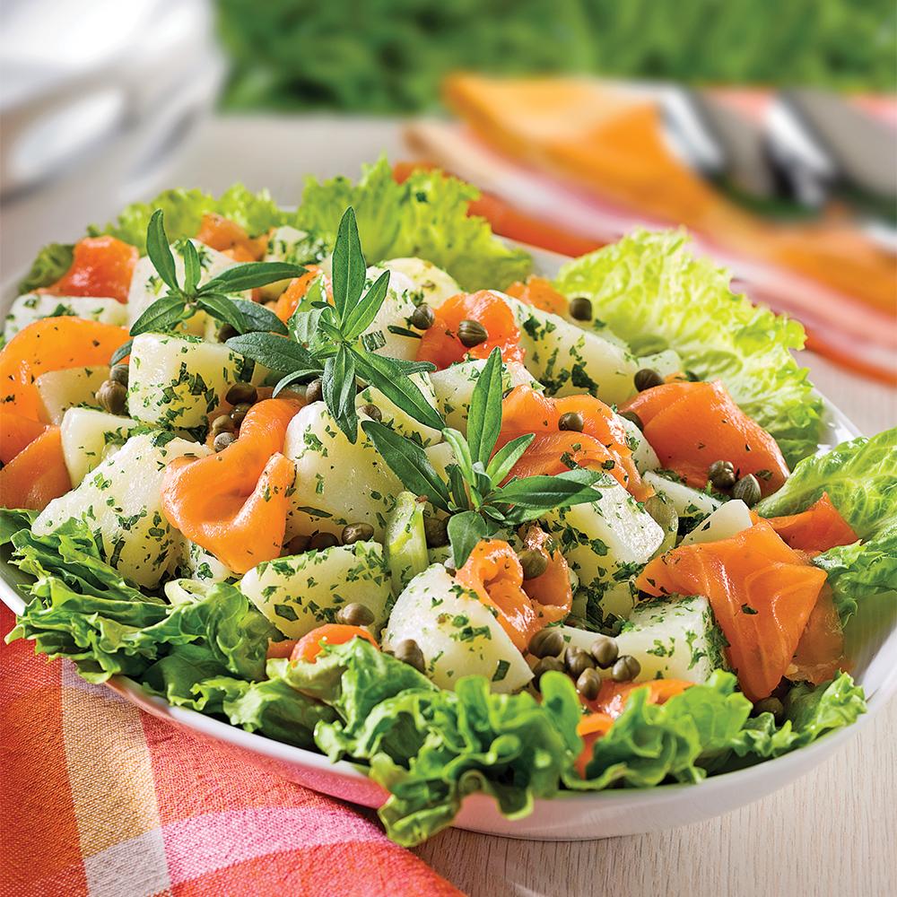 Salade de pommes de terre à la truite fumée et sarriette