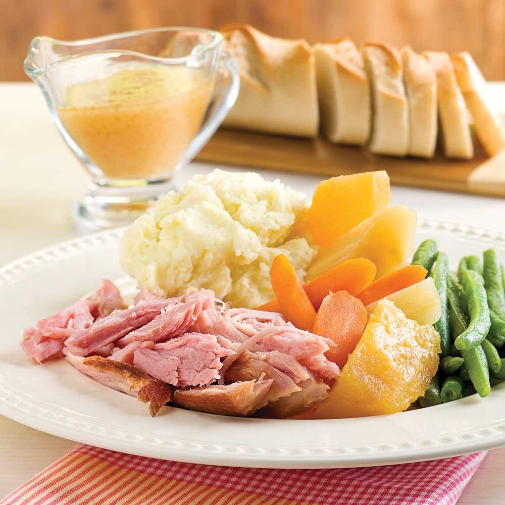 Jambon à l'érable, ananas et légumes à la mijoteuse