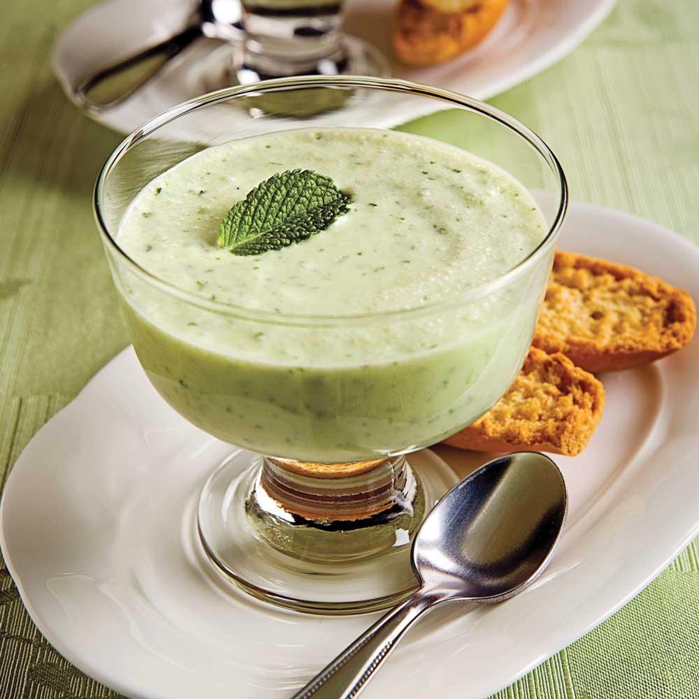 Crème au concombre et lait de coco