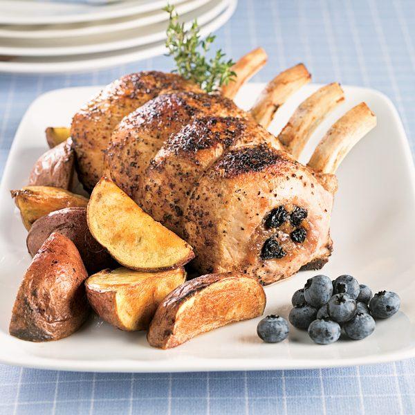 Carré de porc aux bleuets et dattes