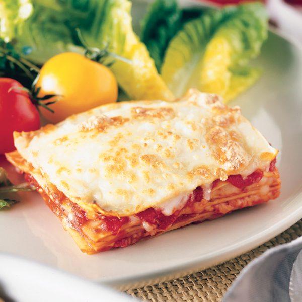 Lasagne napolitaine et oignons rouges