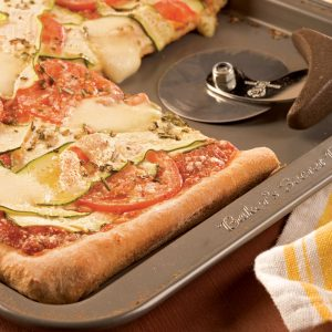 Pizza au bocconcini et aux courgettes