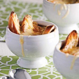 Soupe à l'oignon et à la courge gratinée