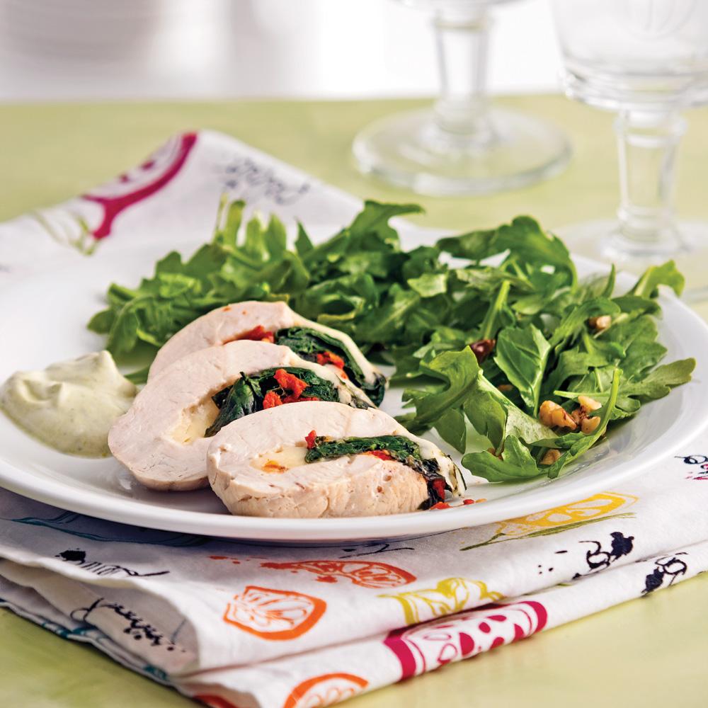 Poitrines de poulet farcies aux épinards, tomates séchées et fontina