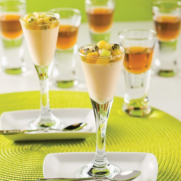 Mini-parfaits aux fruits tropicaux