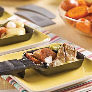 Raclette aux saucisses italiennes et filets de porc