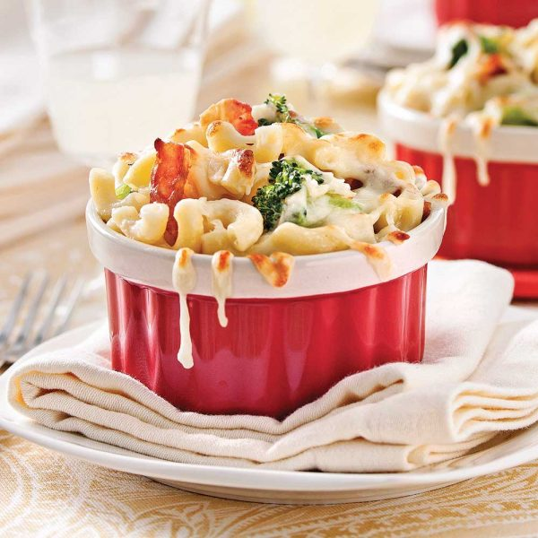 Macaronis au fromage, brocoli et bacon