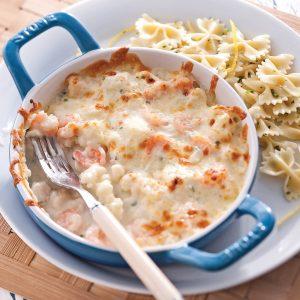 Gratin de crevettes, pétoncles et chou-fleur