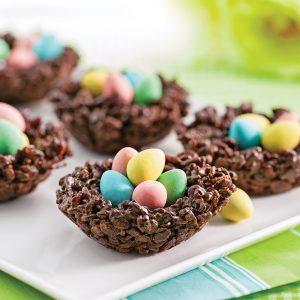 Petits nids croustillants au chocolat et riz soufflé