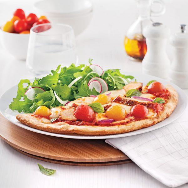 Pizza au poulet et tomates cerises