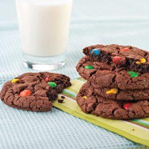Biscuits au chocolat et M&M