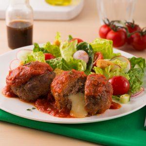 Mini-pains de viande à la saucisse farcis au cheddar
