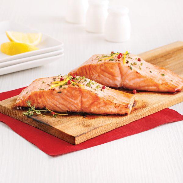 Saumon sur planche de cèdre