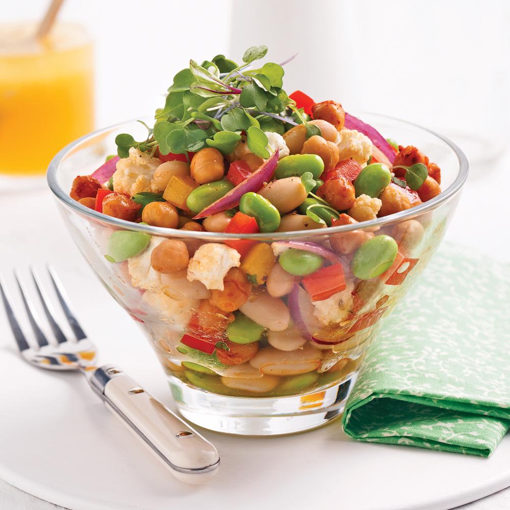 Salade de légumineuses aux pois chiches croustillants