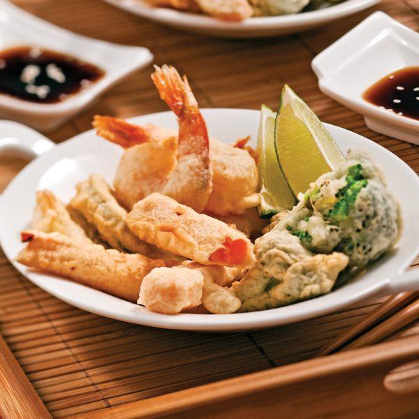 Tempura de courgette, patate douce et crevettes