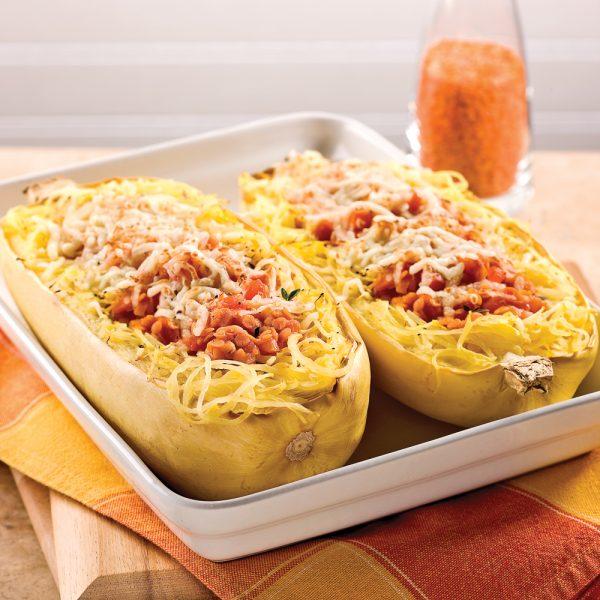 Courge spaghetti et sauce aux lentilles corail