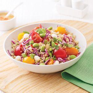 Salade de quinoa, edamames et tomates cerises