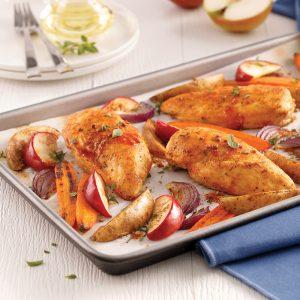 Poitrines de poulet sucrées et épicées aux pommes