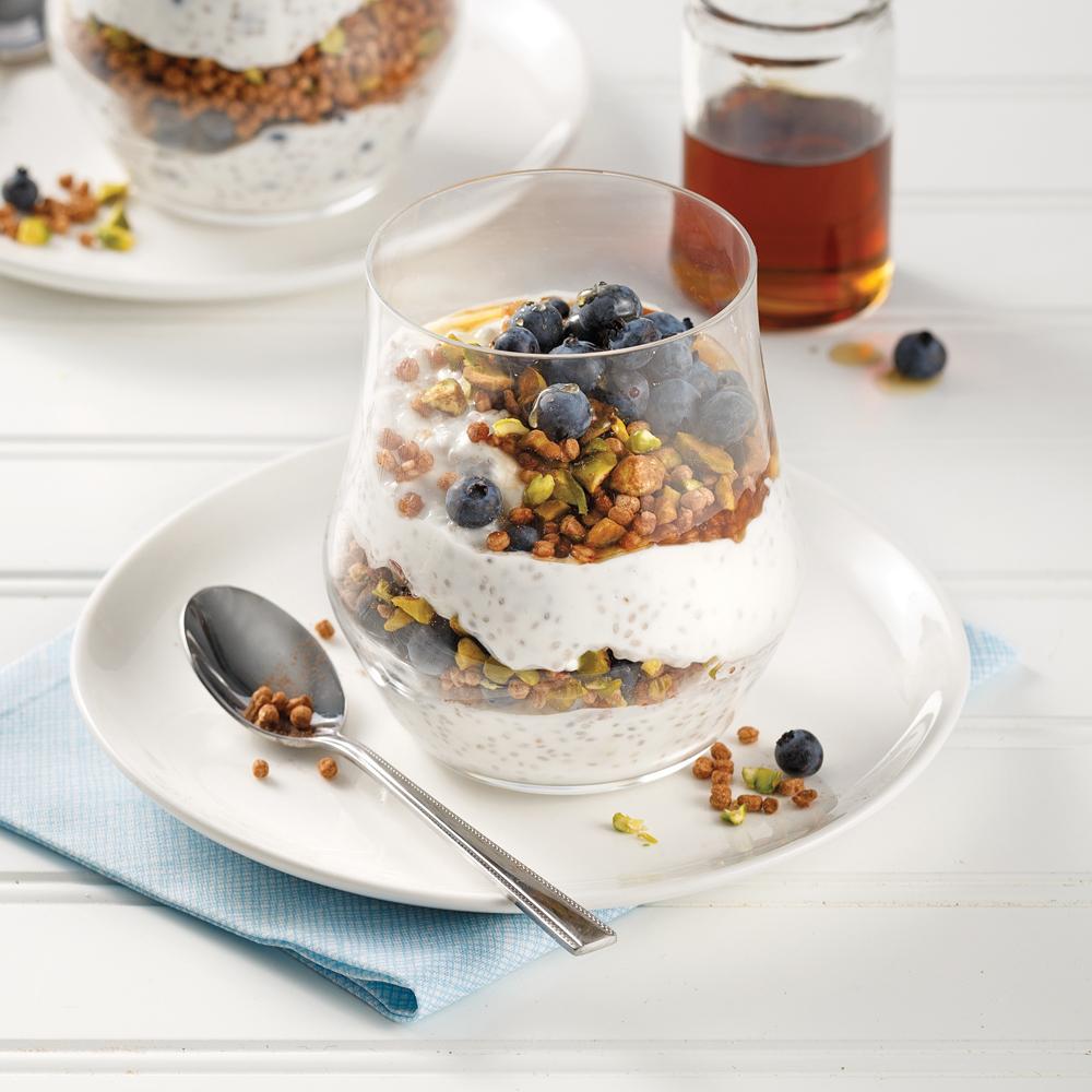 Parfait de quinoa soufflé et bleuets