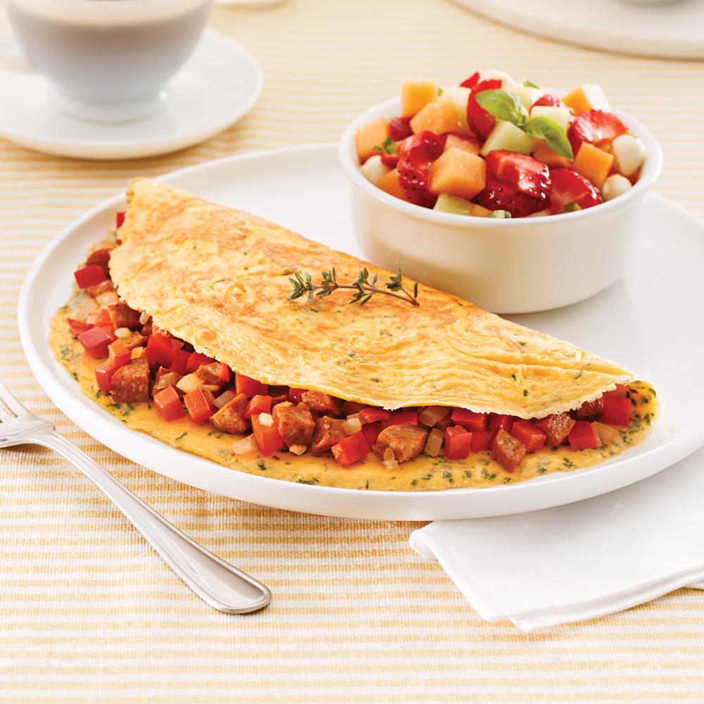 Omelette aux saucisses et poivrons rouges
